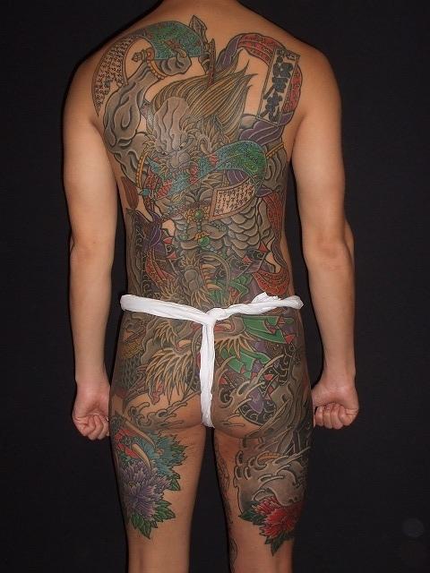 背中に第六天魔王、天魔破旬の刺青タトゥー完成