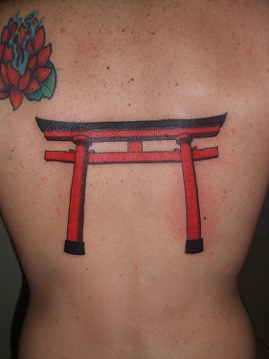 鳥居の刺青