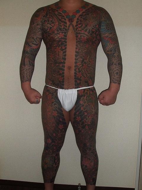 胸割り 総身彫り 完成 刺青